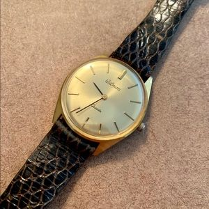 Mens Vintage Look With Quartz Accuracy Wristwatch